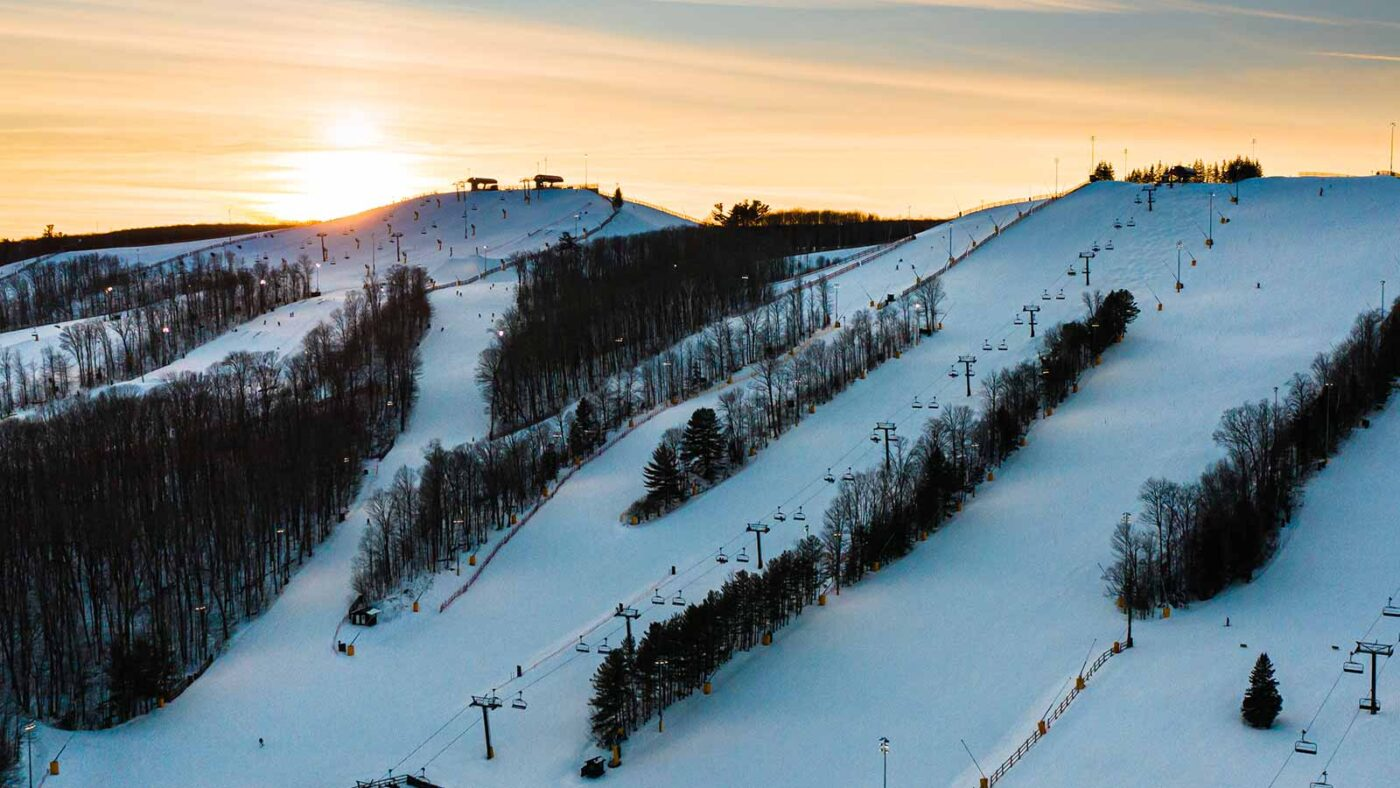 The Best Downhill Skiing In Ontario