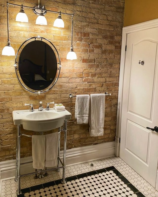 the King Edward Suite at the Clocktower Inn in Strathroy, Ontario