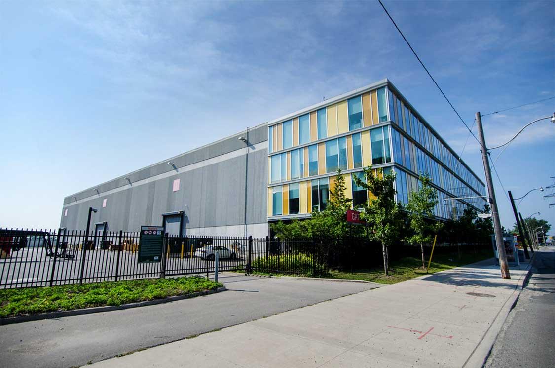 Pinewood Studios in Toronto was the indoor filming location for much of Schitt's Creek