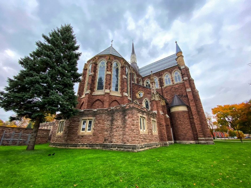 st-peters-catherdral-basilica-london-ontario-attractions