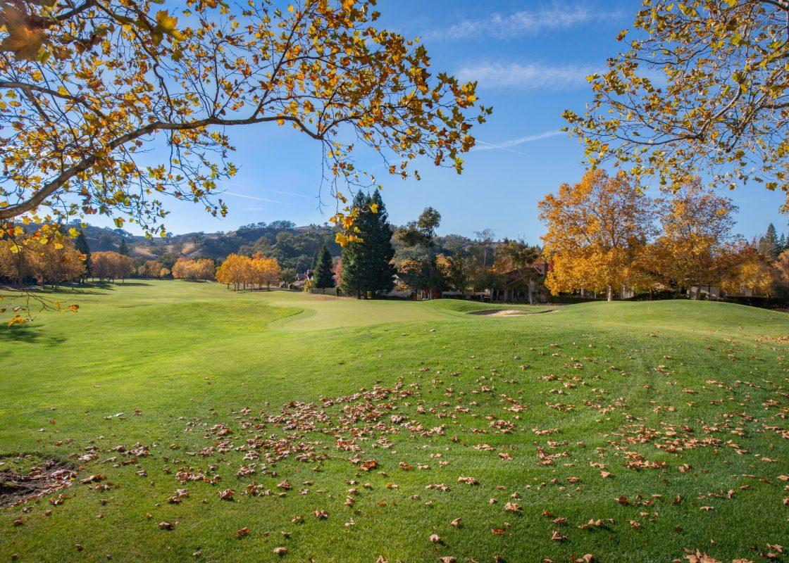 Ontario golf resort in Autumn